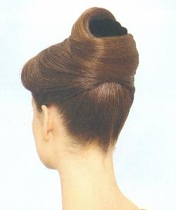 Прическа сама себе на длинные волосы